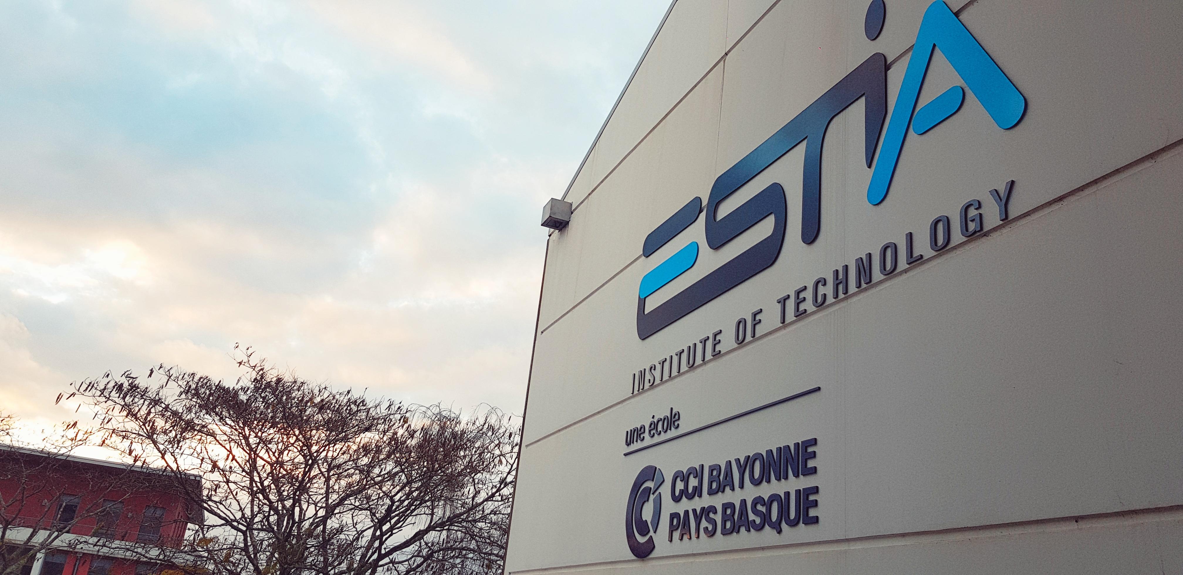 La géolocalisation de précision par satellites abordée à l'ESTIA