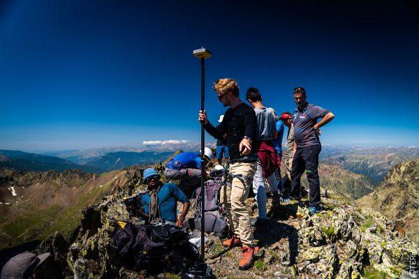 ASCENT MEDECOURBE ICGC TOPCON OGE TERIA PYRENEES MOUNTAIN MOUNTAINEER GPS ALTITUDE GNSS GALILEO LANDSCAPE IGN HIPERVR
